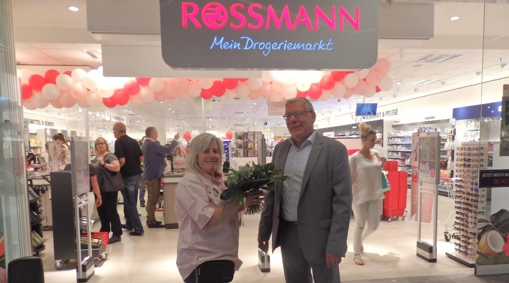 Rossmann eröffnet auf neuer Ladenfläche